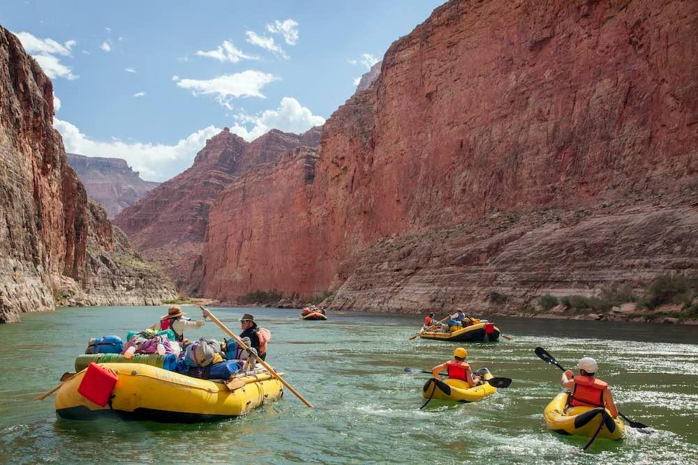 Rafts and kayaks on Colorado River, Grand Canyon National Park © John and Lisa Merrill/Getty Images