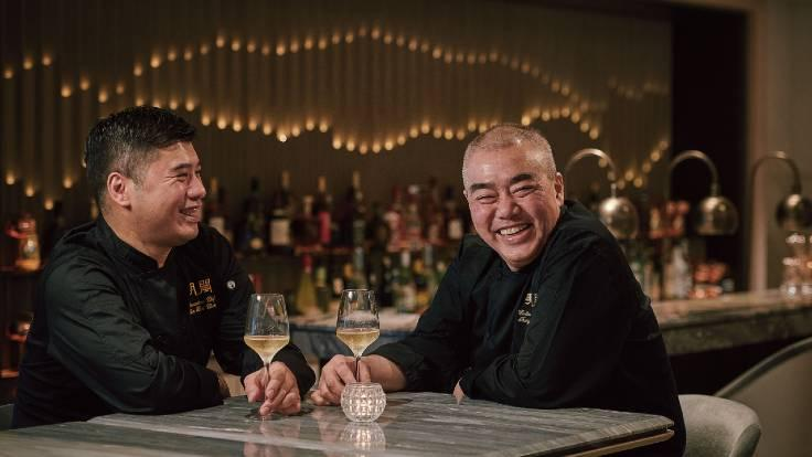 Ming Court Wanchai culinary director Tsang Chiu King and disciple Chan Hon-Cheong, the restaurant's executive chef, relax in the restaurant's bar. (Photo: Ming Court Wanchai)