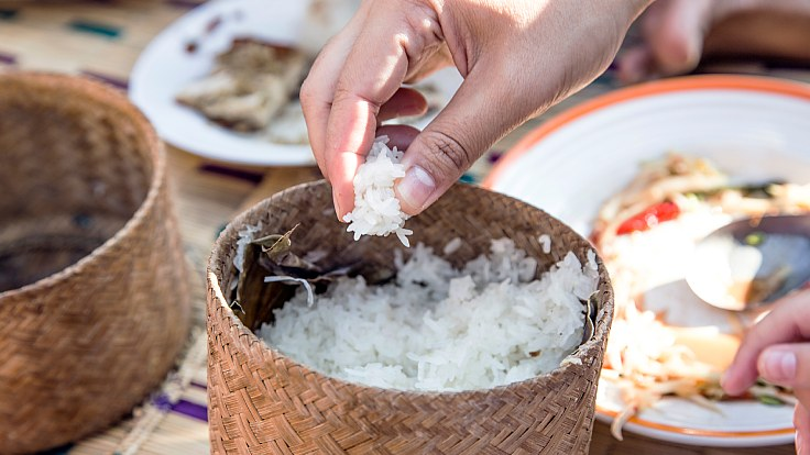 This is how you eat glutinous rice. (© Shutterstock)