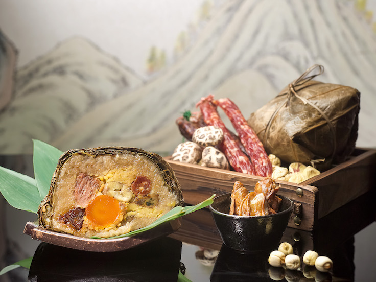 Hai Tien Lo's Traditional Jumbo Rice Dumpling (Photo: Pan Pacific Singapore)