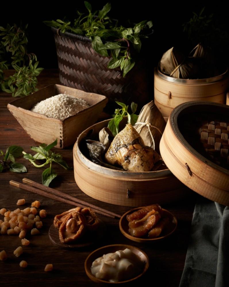 台北美福大飯店今年推出把台式三杯融入粽子中的「飄香無敵海景粽」。(圖片:台北美福大飯店提供)