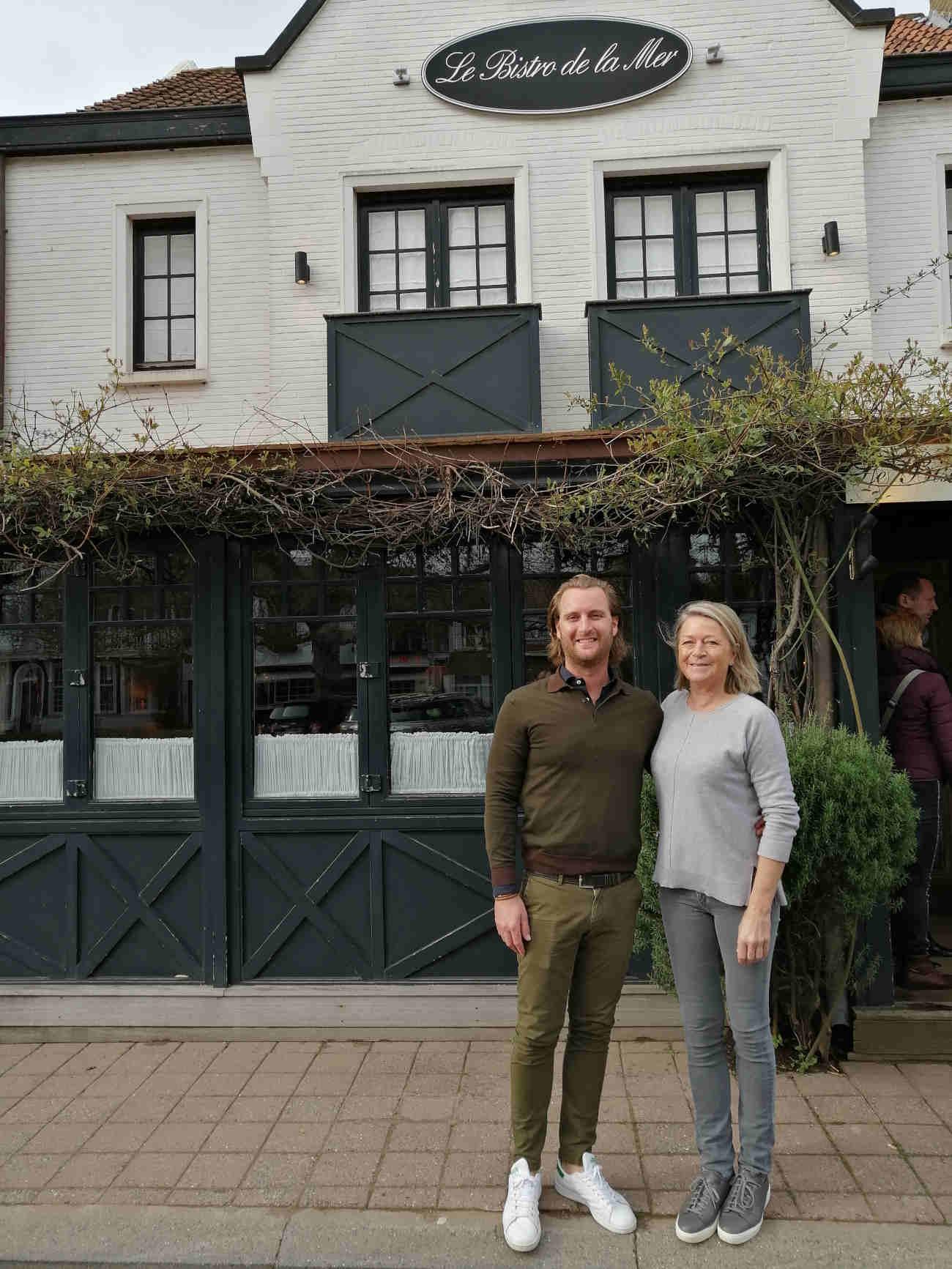 Simon Otte en Christine Vanderhaeghe, stiefzoon en vrouw van Jef De Gelas, leiden vandaag Le Bistro de la Mer in Knokke.