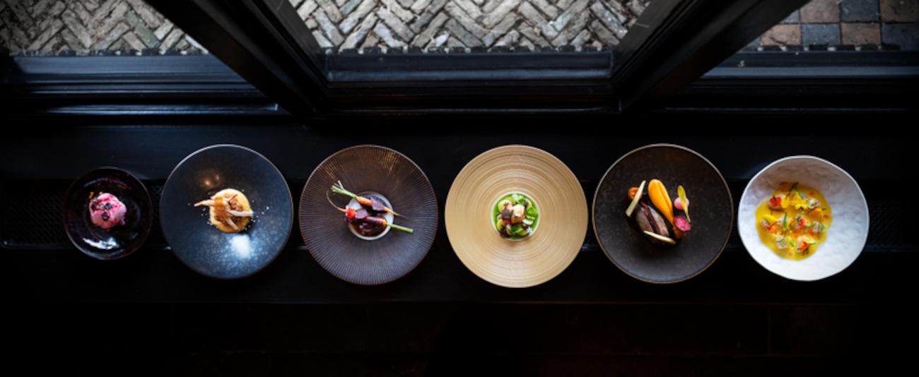 Carlo Chantrel gaat in het nieuwe concept nog meer to-the-point koken. ©peek/De Zwaan