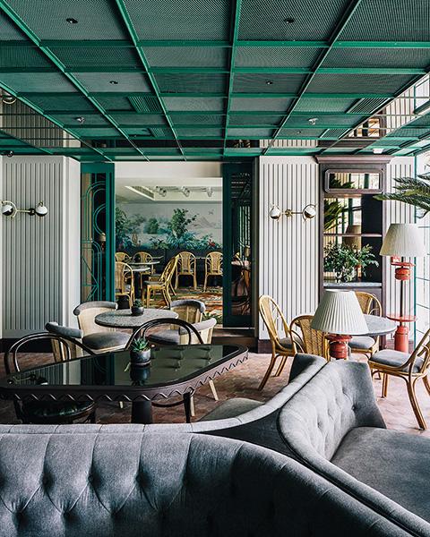 french-restaurants-interior.jpg