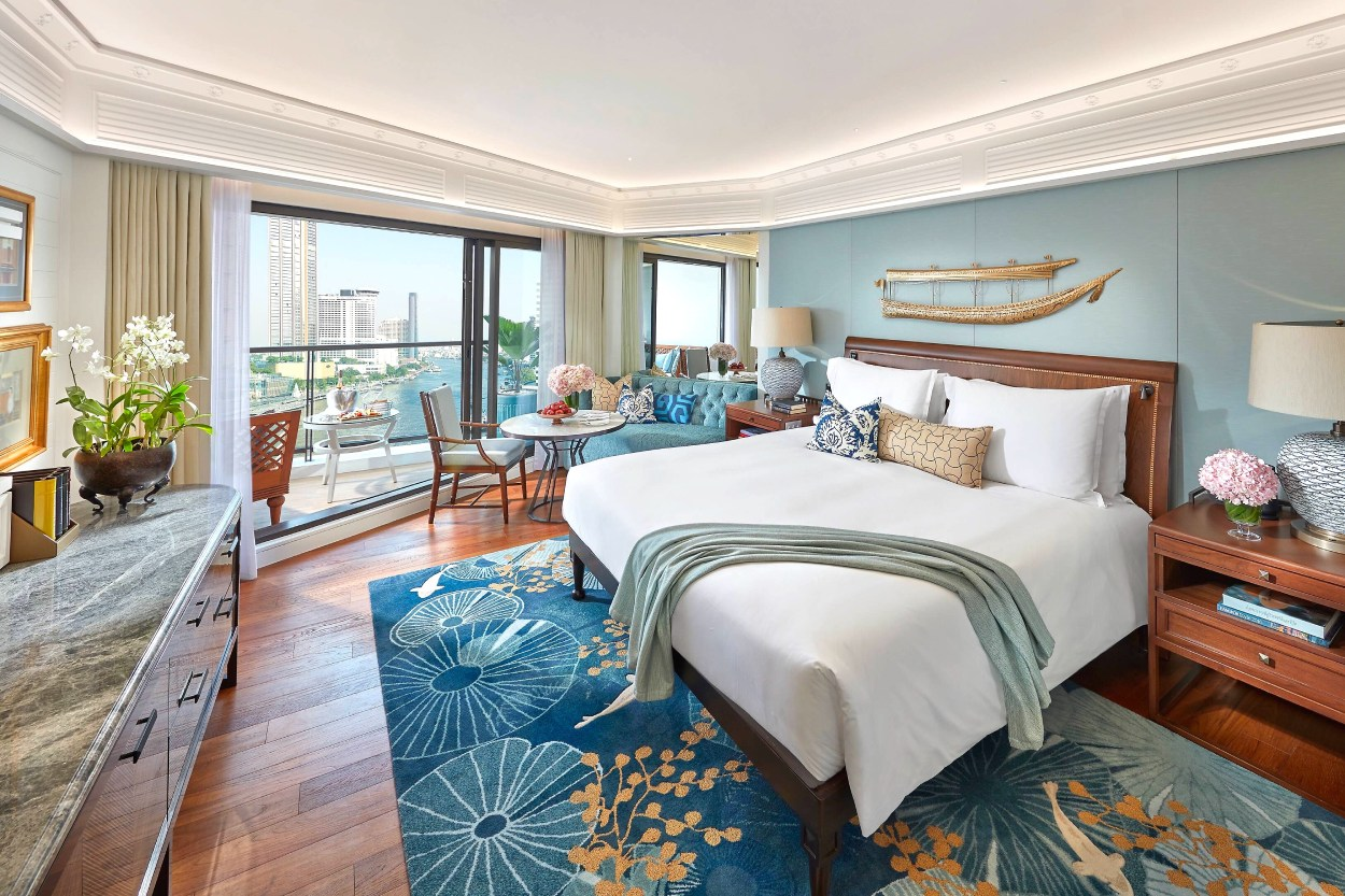 A renovated guest room at Mandarin Oriental Bangkok's River Wing. (© Mandarin Oriental Bangkok)