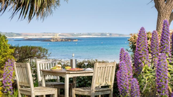 Ruin Beach Café