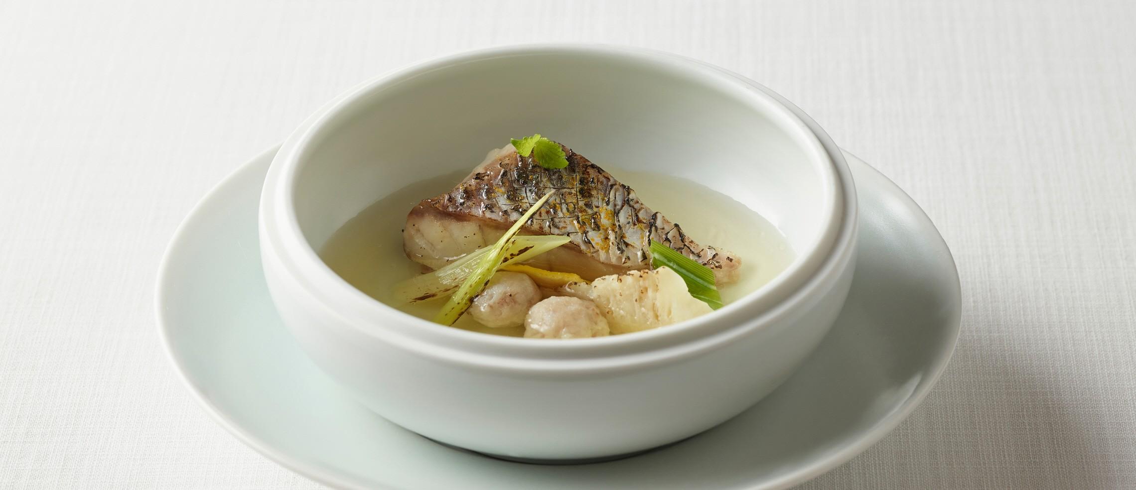 라연의 민어어란탕,민어의 영양과 맛을 품위있게 담았다 ⓒ LA YEON