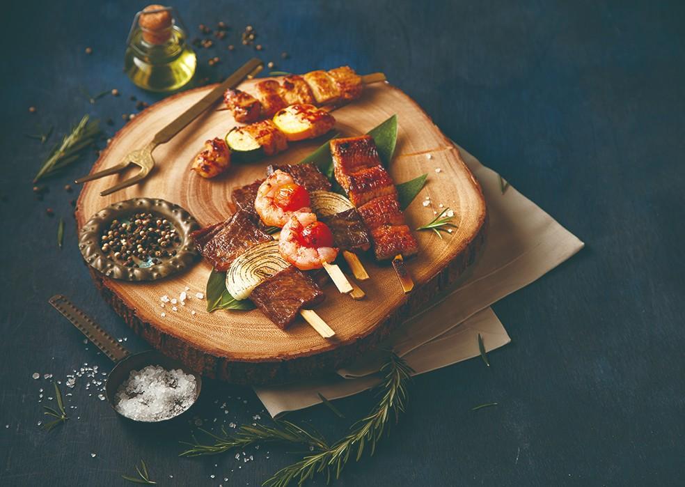 美福今年推出賞月烤肉派對,在網路市集也推出多款商品,圖為首次推出的烤串系列。(圖片:臺北美福大飯店提供)
