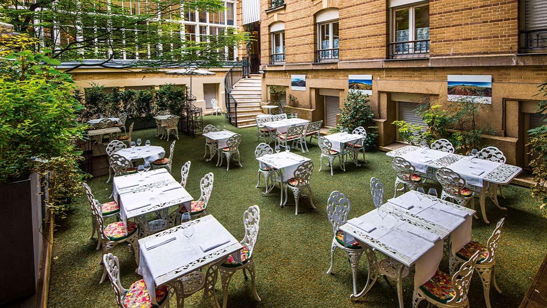 Audacieux Les plus belles terrasses de Paris BR-64