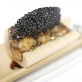 Ma Cuisine bone marrow with caviar.jpg