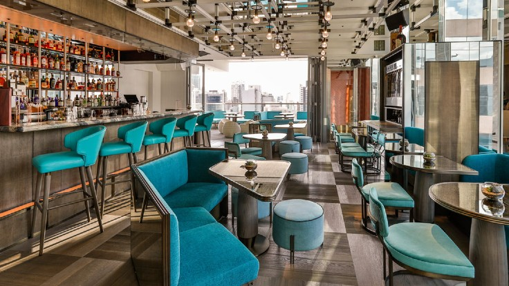 餐廳位於 29 樓的空間,供應簡單的快餐、便當盒和日本風的雞尾酒。