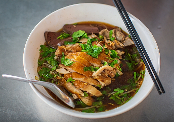 A bowl of duck noodle. (© Shutterstock)