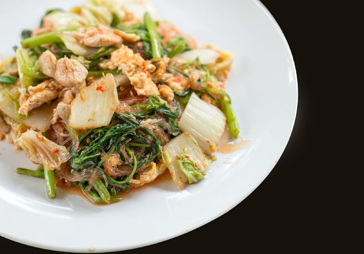 The Thai take on sukiyaki. (© Shutterstock)