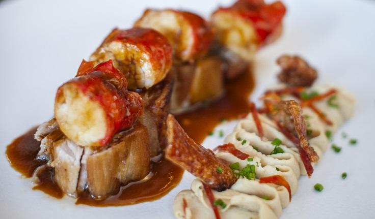 Chef Juan José Carrillo's Mar I Muntanya - Roasted Pork Belly with Glazed King Crab. (Photo: FOC Group)