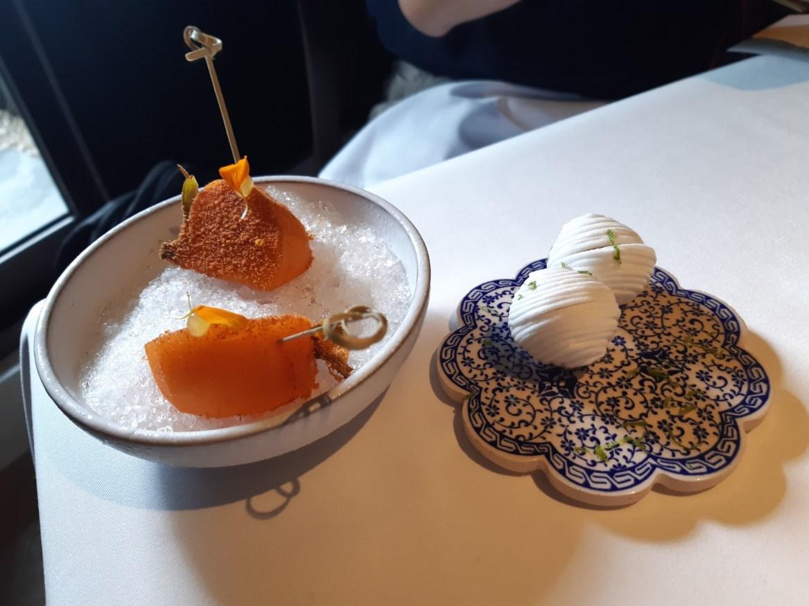 開胃小點「秋季柿子、香茅愛玉」(謝明玲攝)