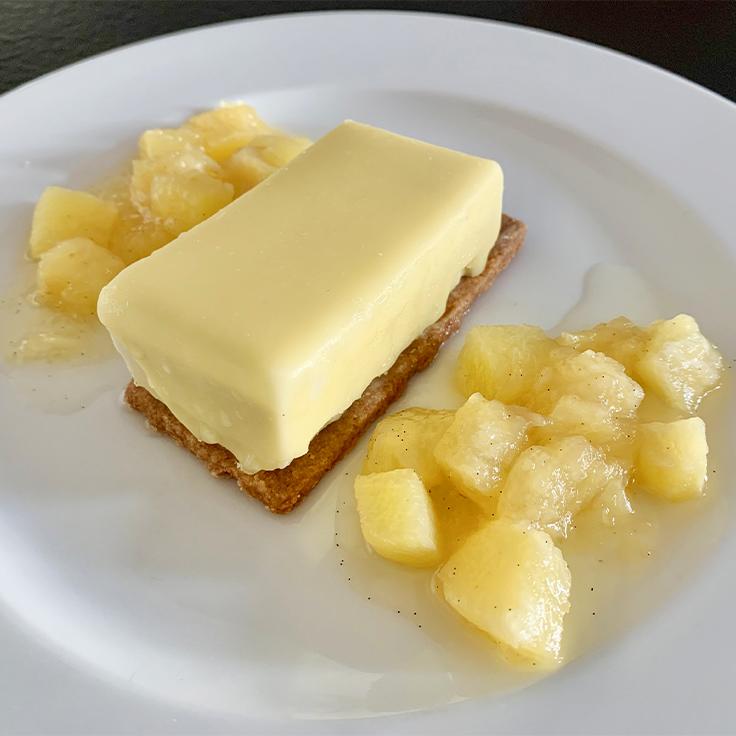 Douceur de citronnelle, ananas au vieux rhum ©MICHELIN