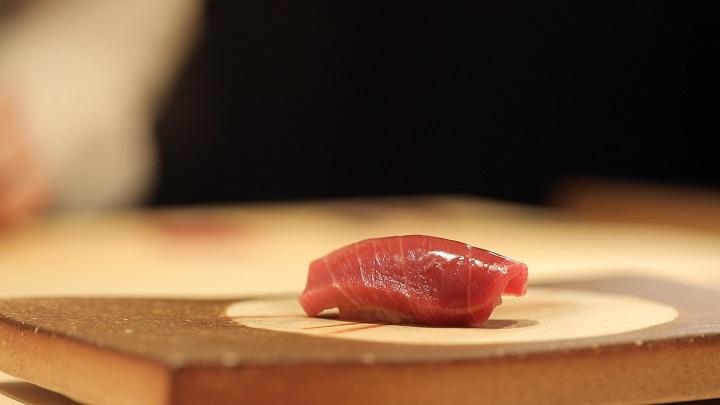 鮨隆的鮪魚壽司。