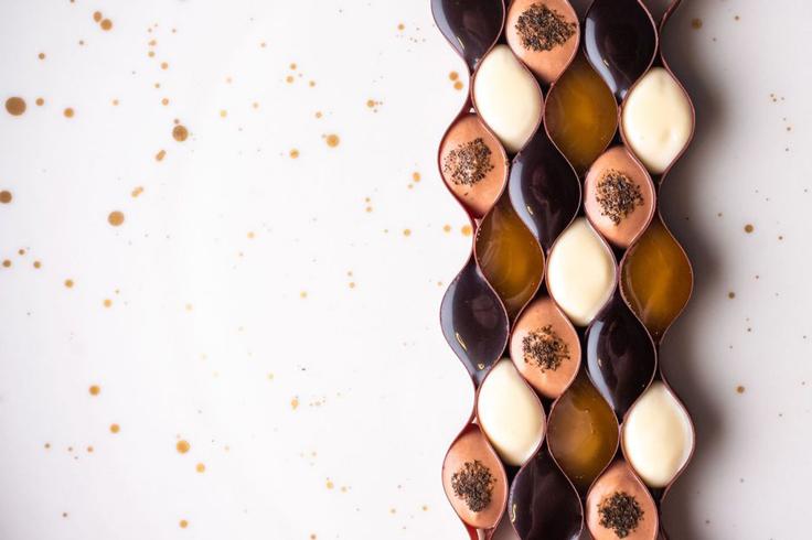 Chocolat Pic, thé hojicha Cubèbe et miel amer d'Éric Verbauwhede © Alexandre Bienfait