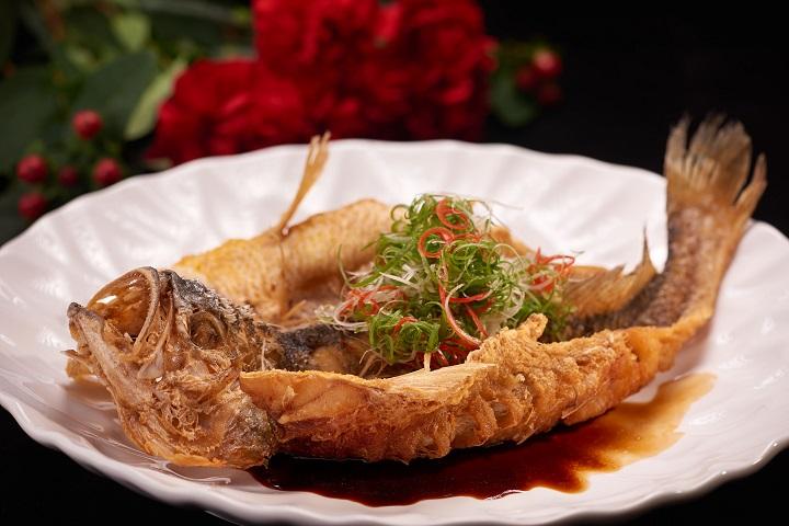 国宾川菜厅的酥香黄鱼。