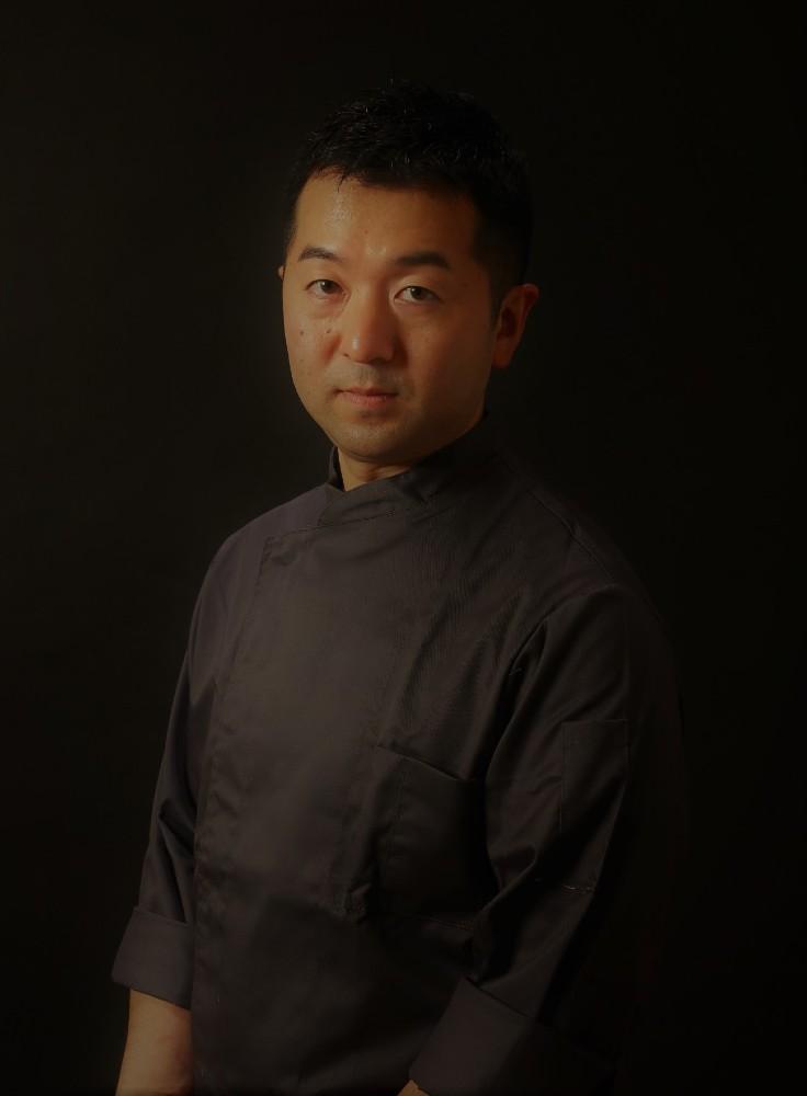 10_Sazenka_Kawada chef.jpg