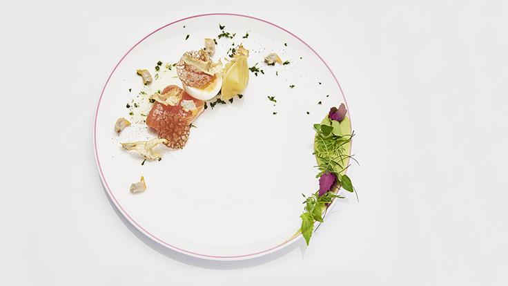 Œuf fermier d'Arnaud aux condiments jardiniers ©DR