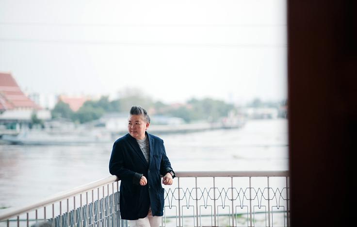 เชฟใหญ่-ปุญชรัศมิ์ แก้ววัฒนะบรวงศ์ เชฟและเจ้าของร้าน (© อนุวัฒ เสนีวงศ์ ณ อยุธยา / MICHELIN Guide Thailand)