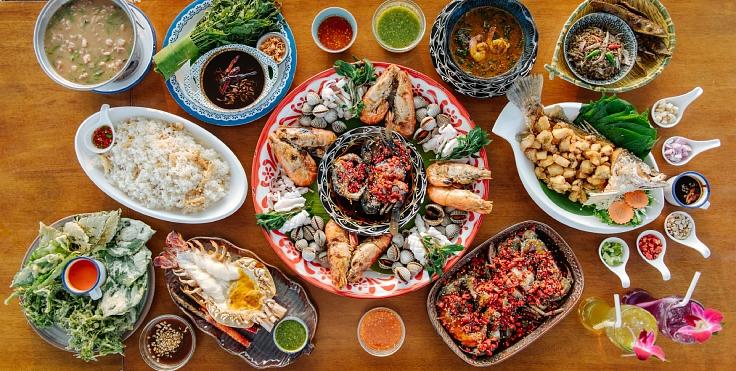 อาหารแห่งสายน้ำ รสชาติแห่งวันวานที่คนไทยถวิลหา (© อนุวัฒ เสนีวงศ์ ณ อยุธยา / MICHELIN Guide Thailand)