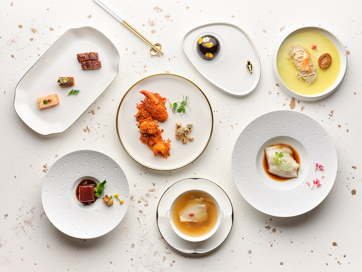 Au's new signature menu includes the likes of wok-fried Boston lobster with garlic and dried chili; Peking roast duck; double-boiled soups and claypot Wagyu xxtail with lemongrass-infused oil.