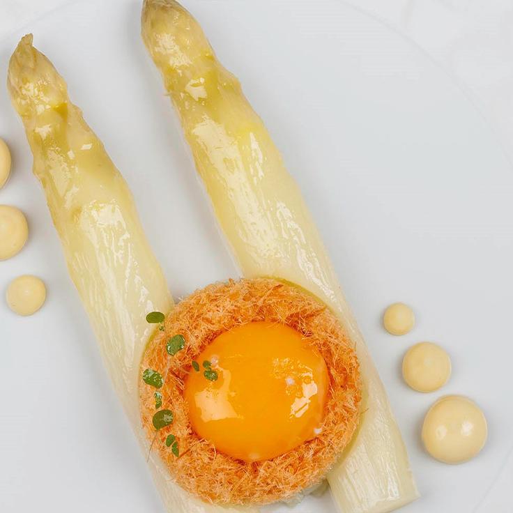 L'asperge blanche et l'œuf confit de Franck Putelat ©Franck Putelat
