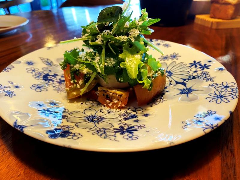 대저토마토 샐러드와 부라타 치즈 ⓒ Seoul Dining