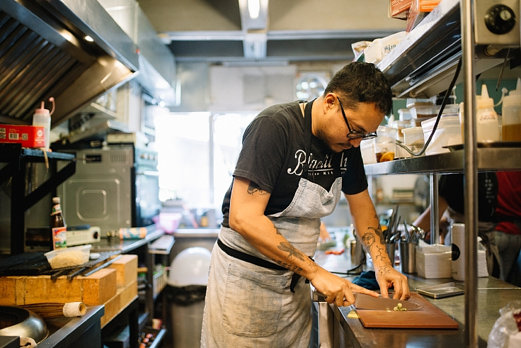 The chef who honed his cooking and fermenting skills under his restaurateur grandmother. (© Jirawat Veerakul / MICHELIN Guide Thailand)