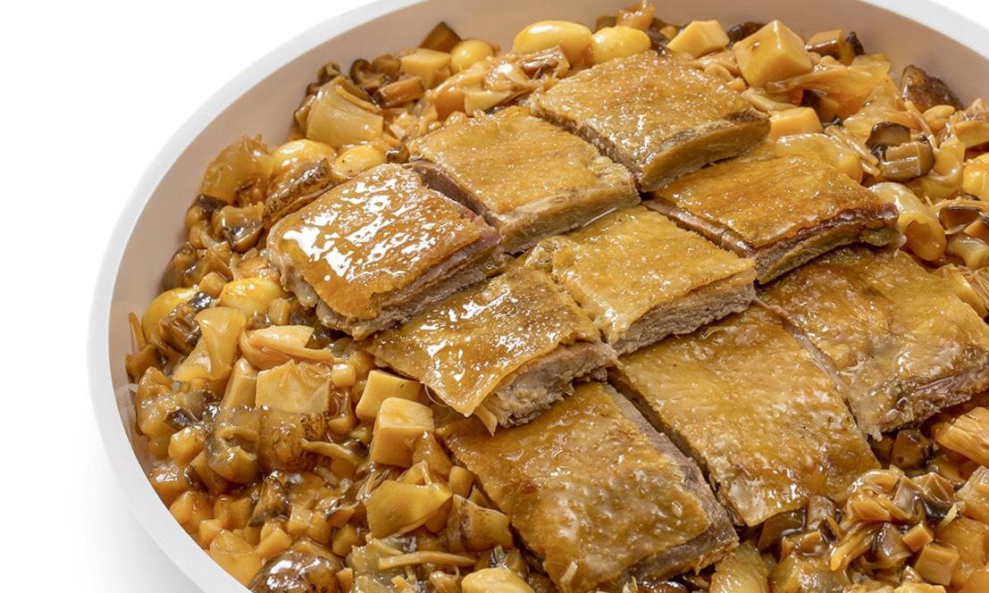 國賓粵菜廳的八珍鴨子飯,需預訂才有。(圖片:國賓粵菜廳提供)