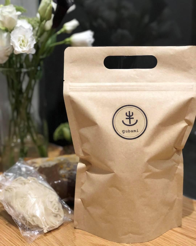 大廚陳嵐舒開設的 Gubami 在疫情間推出冷凍即時包。(圖片取自 Gubami 臉書)