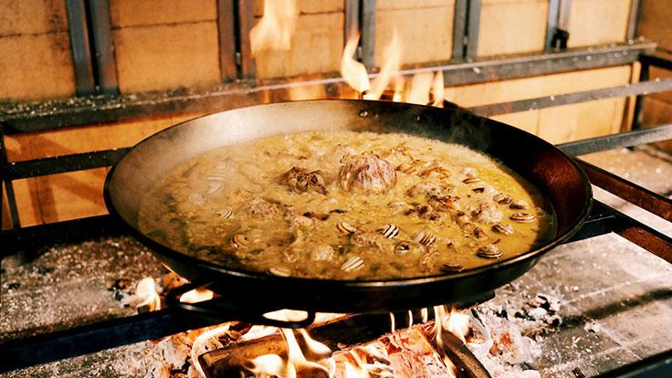 Arroz de conejo y caracoles como en El Pinós. © Restaurante Cadaqués Madrid/Cadaqués