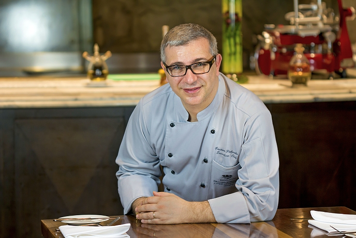 The Italian chef of Rossini's at Sheraton Grande Sukhumvit Hotel in Bangkok loves cooking Thai food. (© Rossini's)