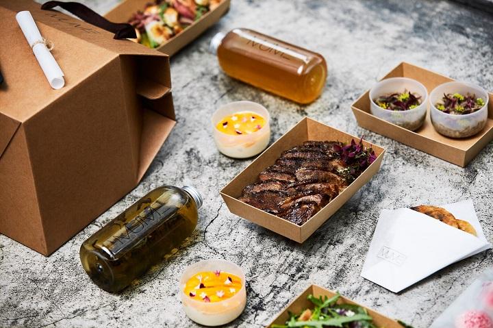 MUME 首次推出外帶餐點,還附上歌單、主廚說菜的細節,希望完整消費者在家的用餐體驗。