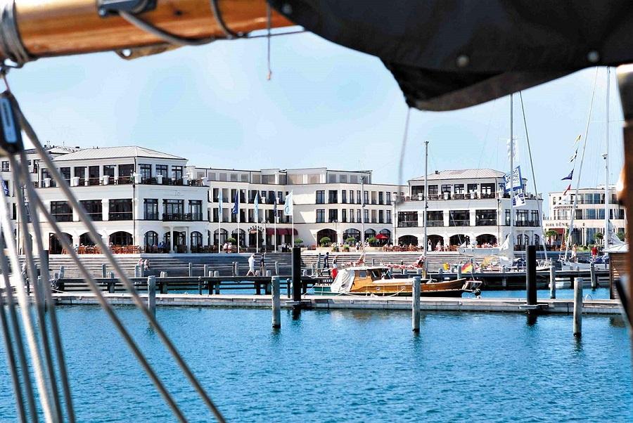 Yachthafenhotel Hohe Düne ©Tablet Hotels