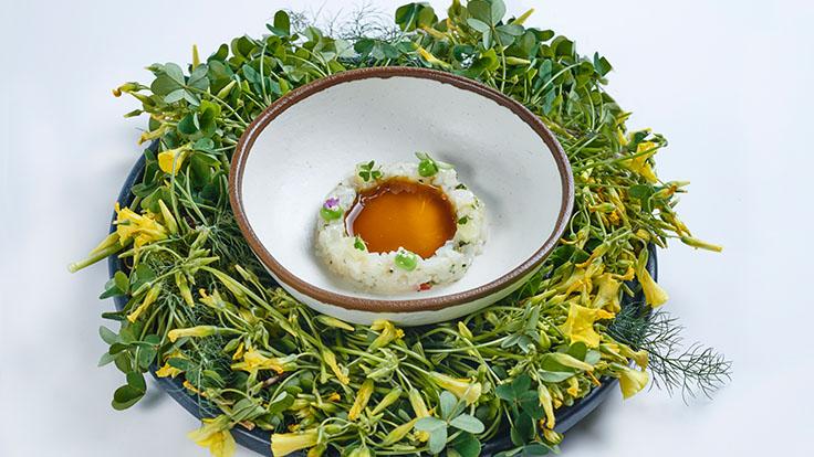 Tartar de calamar, mayonesa de mojo verde y ponzu de trebina. © Eduardo Dorta/Haydée