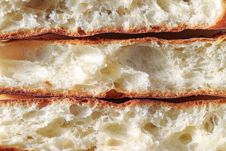 Inside French baguettes. (© Shutterstock)