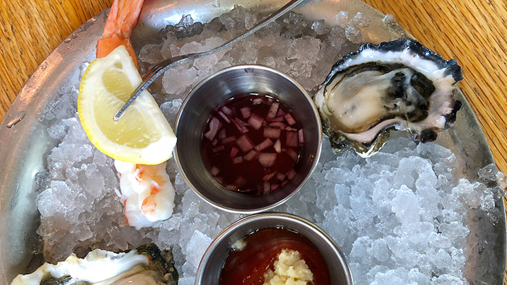 Hank's Oyster Bar. Photo by Michelin North America