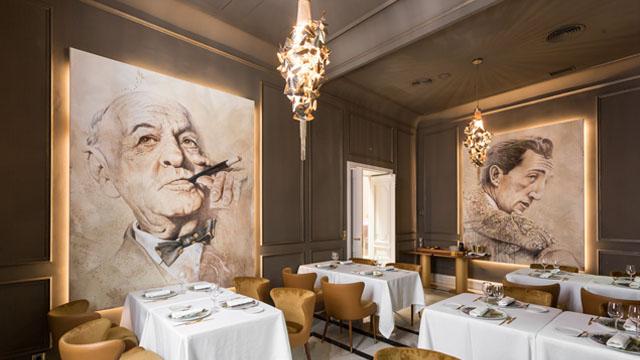Sala con los inmensos lienzos dedicados al filósofo y al torero. © Miguel Angel Oliva/La Casa de Manolete Bistró