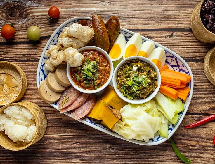Nam phrik ong and nam phrik num epitomises the flavours of the North. (© Krua Phech Doi Ngam)