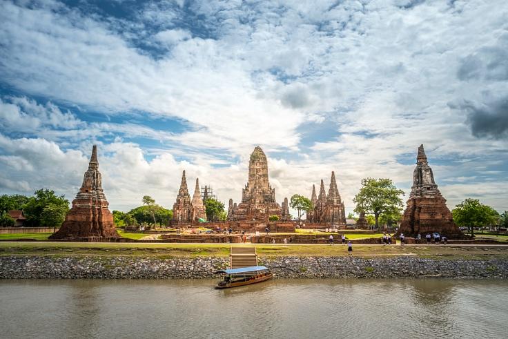The picturesque ancient ruins of Wat Chai Watthanaram from the late Ayutthaya era. (© Shutterstock)