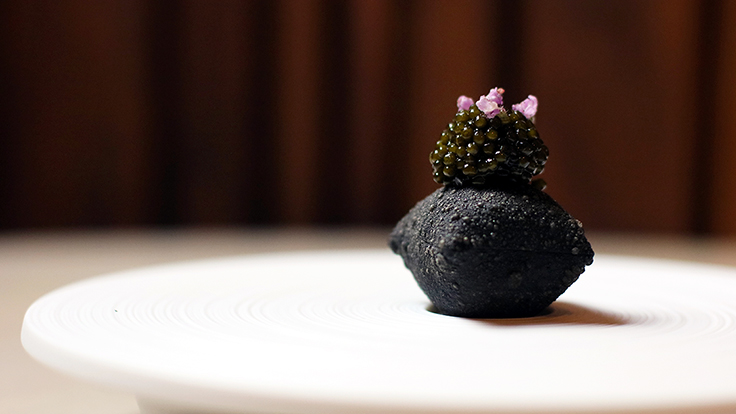 Mélisse's aged beef, green goddess, charcoal, caviar. Photo by Bex Barone, courtesy of Mélisse