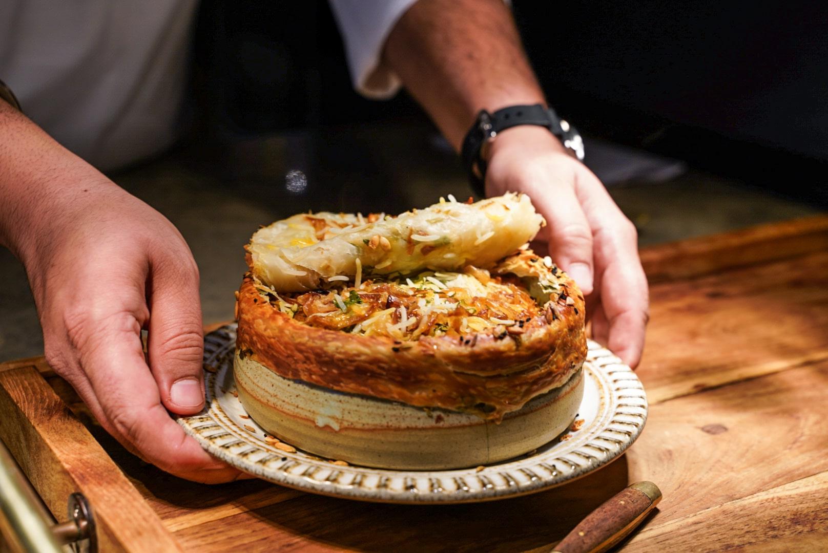 Chaat 的羊肉 biryani 利用洋蔥、番茄和乳酪令米飯得以保留水份。(相片:Pearl Yan)