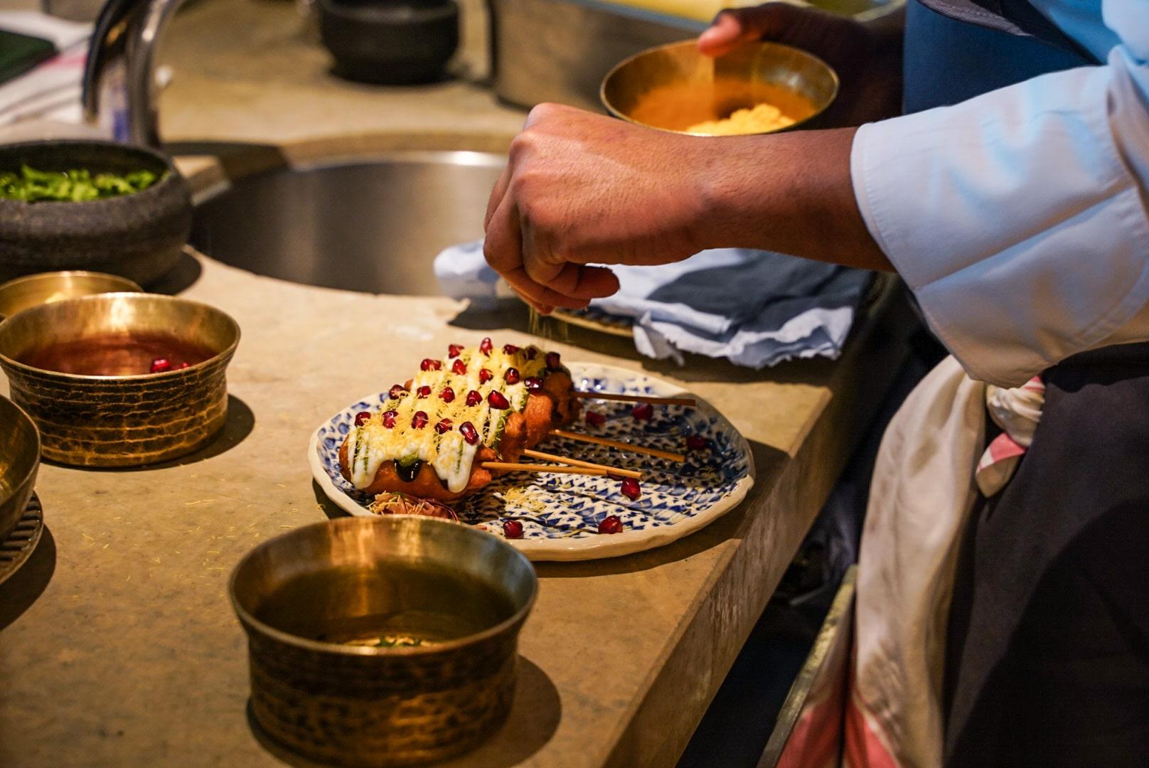 炸紅菜頭串是 Chaat 一道人氣高企的前菜。(相片:Pearl Yan)