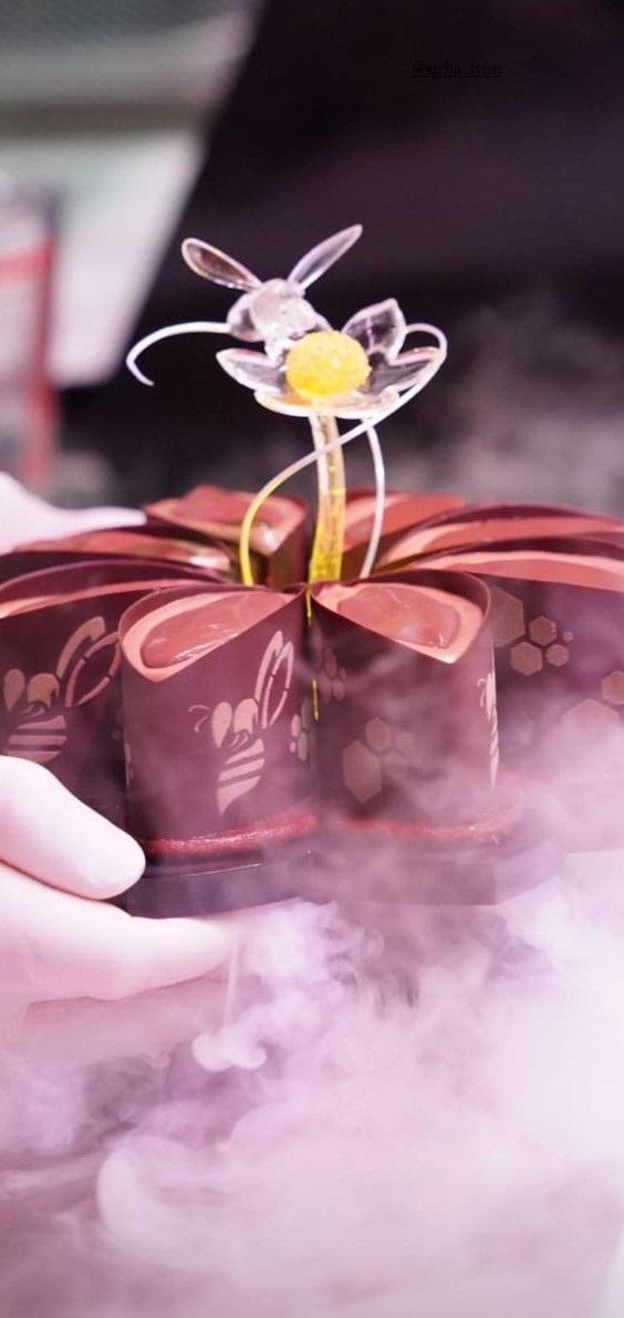 """Bee Flower"" Lorenzo Puca ©Sirha"